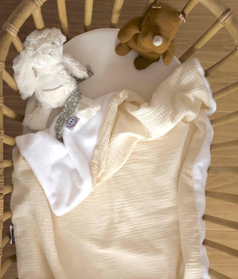 couverture-bébé-fabrication-francaise-ecru