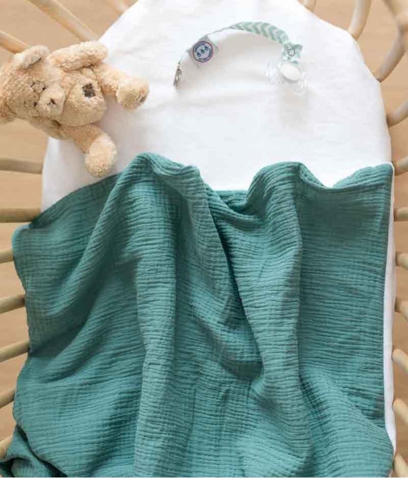 couverture plaid bébé made in france personnalisée - fleurs bleues