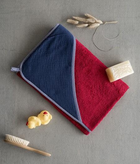 Sortie de bain bébé personnalisée made in France pliée - cocorico