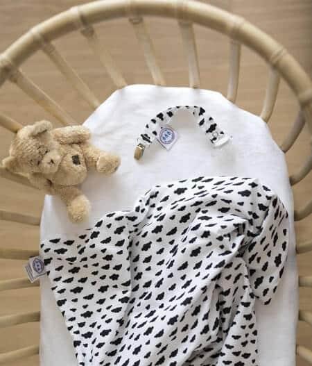 couverture plaid bébé made in france personnalisée - dans les nuages