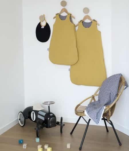 couverture plaid bébé made in france personnalisée avec gigoteuse - colonel moutarde