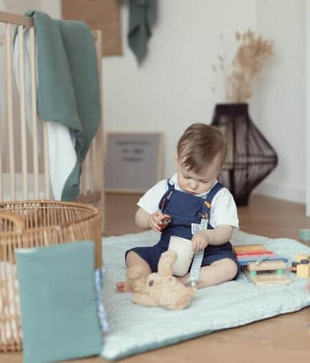 attache tétine personnalisée avec bébé - fleurs bleues