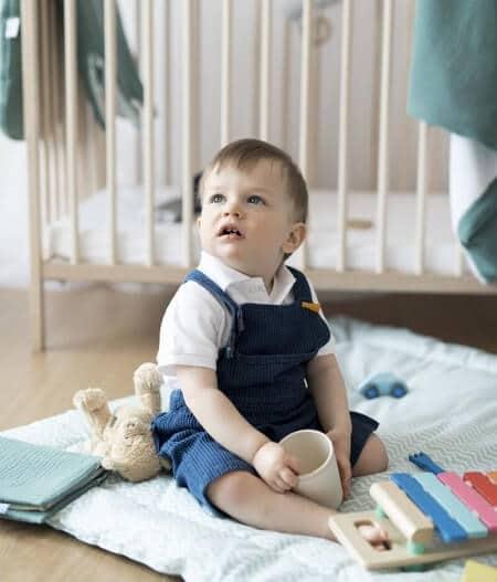 protège carnet de santé bébé personnalisé made in France avec bébé - fleurs bleues