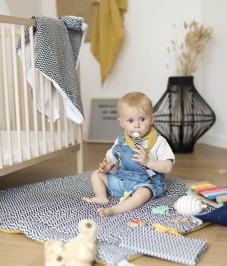 protège carnet de santé bébé personnalisé made in France tapis - colonel moutarde