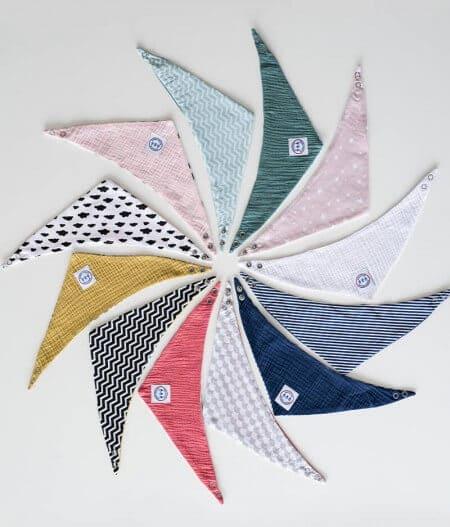 Bavoir bandana bébé personnalisé - La collection - dans les nuages